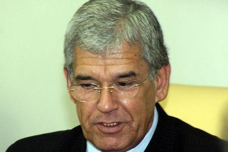 Walter Paulo homenageia: Pr. Adilson Rossi (não compareceu) e Pr. Paulo Roberto Freire da Costa (não compareceu)