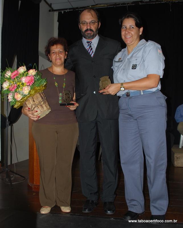 Wagner Eckstein homenageia a Policial Raquel Cristina Martinez Fonseca e Selma Basílio Rebelo