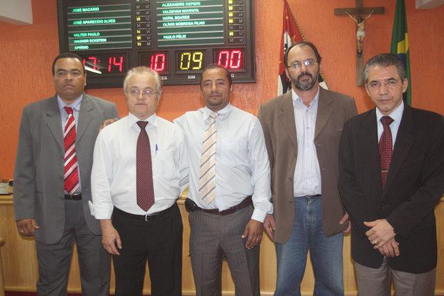 Valdevan Noventa, Olívio Nóbrega (Relator), Cido (Presidente), Wagner Eckstein e Alexandre Depieri integra a Comissão Especial de Inquéritos