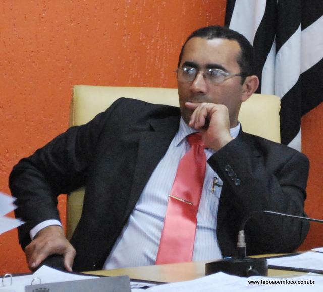 Ex-presidente Macario deve aderir ao governo Fernando Fernandes e se desfiliar do PT.