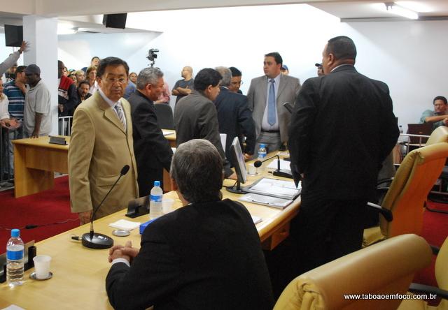 Pensando só nas eleições de 2012, vereadores trocam de partido. E a ideologia mudou? (Foto: Arquivo)