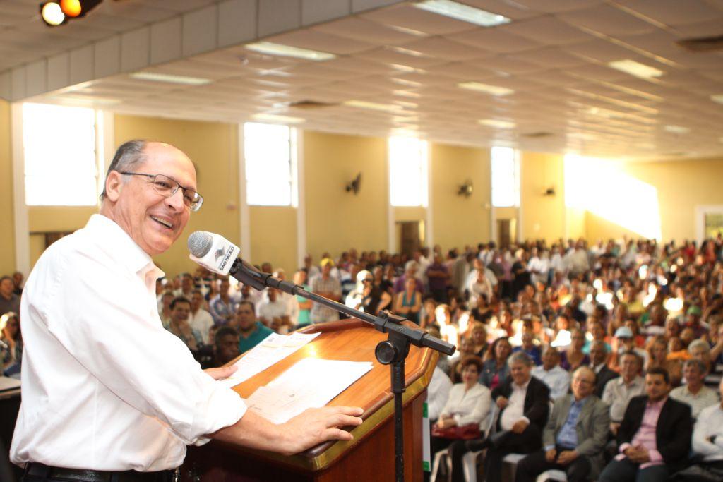 Governador de São Paulo, Geraldo Alckmin, anuncia oficialmente o Poupatempo em Taboão da Serra. (Foto: Divulgação / PMTS)