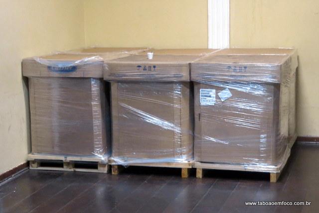 Aparelhos de ares-condicionados que serão instalados no Cemur.