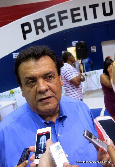 Prefeito Fernando Fernandes não descarta um pequeno repasse ao Fundo, mas afirma que o seu compromisso são com os projetos da Secretaria de Cultura.