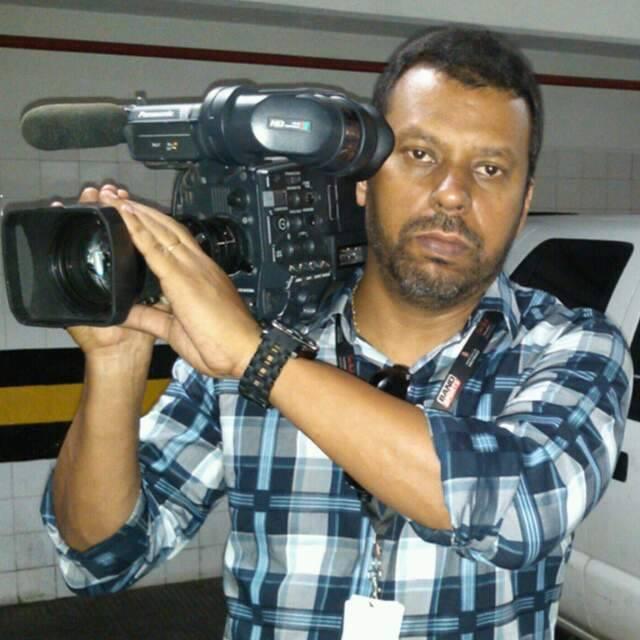 Cinegrafista Santiago de Andrade foi atingido por um rojão enquanto cobria uma manifestação no Rio e morreu no hospital no dia 10.