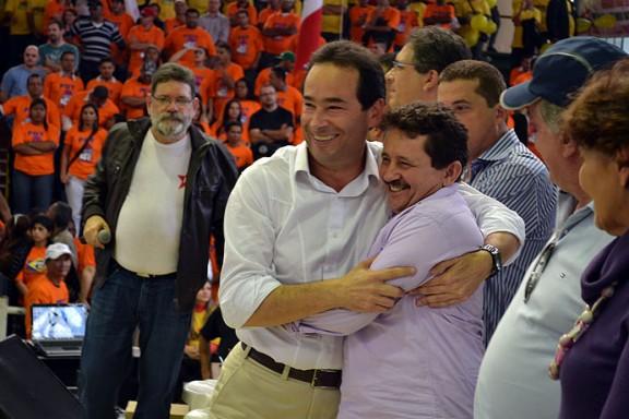 O vencedor da briga entre os petistas Chico Brito (prefeito) e Geraldo Cruz (deputado estadual) será revelado apenas no dia 5 de outubro. (Foto: Arquivo Fato Expresso / A.O.)