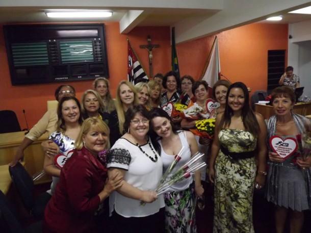 Mulheres são homenageadas pelo PTB Mulher na Câmara Municipal - Foto: Márcio Carneiro
