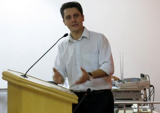 O deputado Alex Manente quer fortalecer a sigla em Taboão da Serra e por isso mudou a direção do partido.