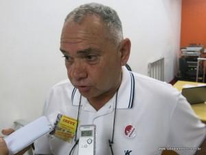 Professor Seguro do Siproem critica a proposta de abono.