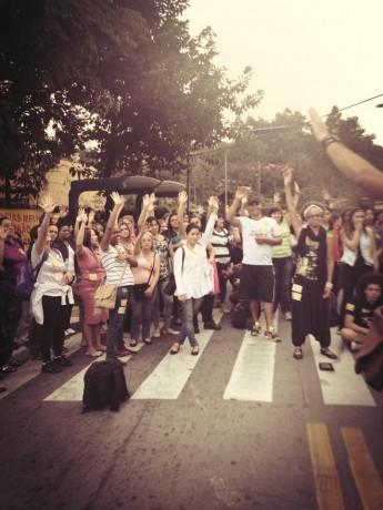 Em assembleia, grevistas de Taboão decidem encerrar a greve e voltarem ao trabalho. (Foto: Reprodução / Facebook Atraspacts)