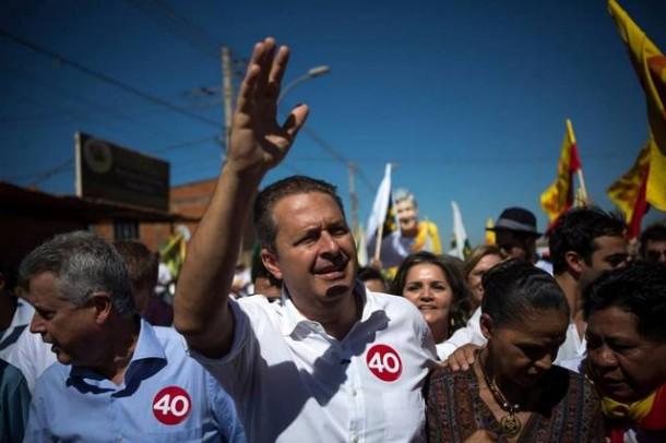 Eduardo Campos e Marina Silva durante caminhada em Brasília. (Foto: Divulgação).