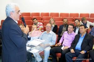 Ex-secretário Jurandir Fernandes deu promessas que o metrô chegaria a Taboão em 2018. Ao que parece, na data prometida o metrô ainda nem terá chegado a Vila Sônia.