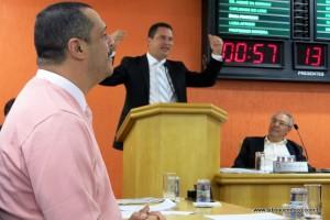 Em tribuna, Eduardo Nóbrega reforçou as críticas do vereador Marco Porta.