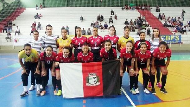 Time feminino de futsal de Taboao da Serra fica na quarta colocação na Liga Nacional do Paraná. (Foto: Divulgação)