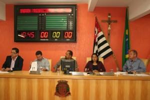 Audiencia de Financas na Camara de Taboao_Facebook Cido