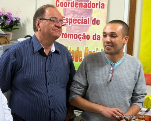 Secretário de cultura Laércio Lopes e o presidente da Diversitas Taboão da Serra fecham acordo por Parada Gay em novembro.