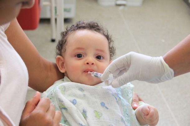 Campanha contra a poliomielite, caxumba, sarampo e rubéola vai até o dia 28 de novembro nas UBS (Foto: Vagner Hernandez / PMTS)