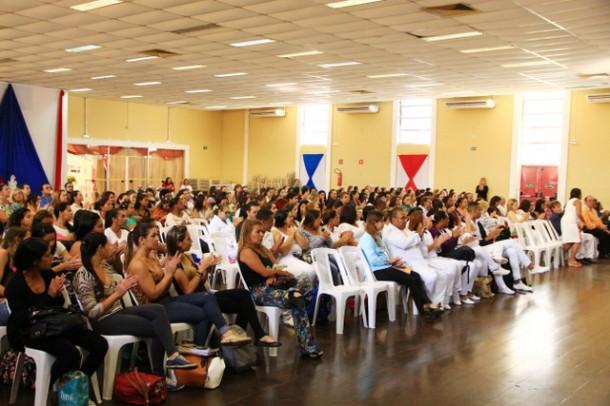 Público alvo do 1º Encontro de Politicas Públicas para a Diversidade Sexual foram os profissionais da saúde e estudantes de enfermagem (Foto: Ricardo Vaz / PMTS)