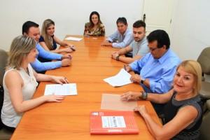 """Parceria entre Prefeitura e SENAC Taboão beneficiará 26 jovens com programa """"Adolescente no mundo do trabalho"""" (Foto: Ricardo Vaz / PMTS)"""