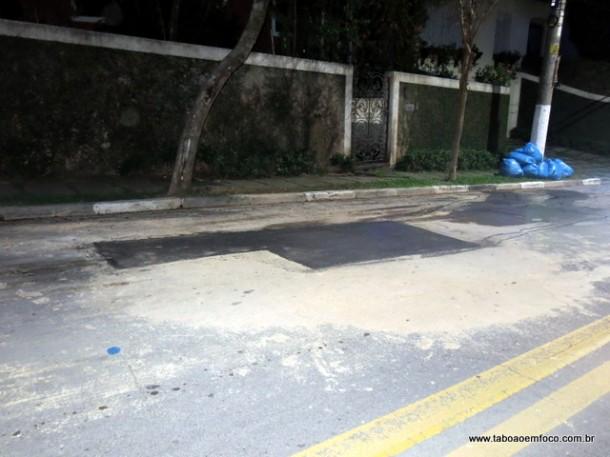 Sabesp consertou vazamento de água em Taboão