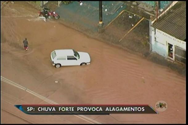 Região sul de São Paulo sofreu com o temporal no final da tarde desta segunda (26)