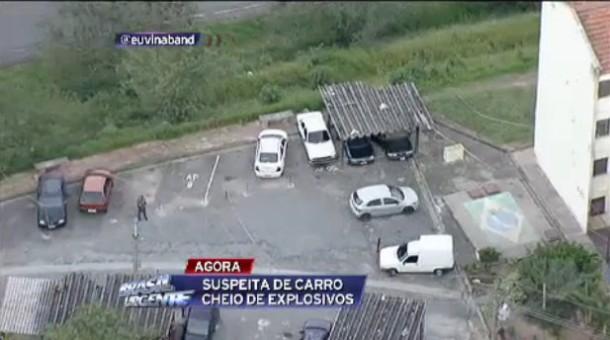 Carro com explosivo em Taboao