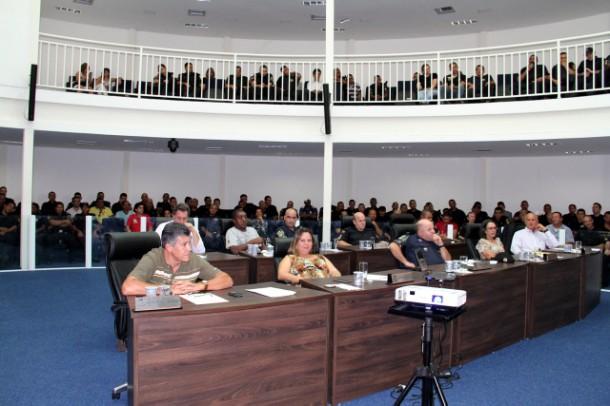 Guardas Municipais participam de audiência na Câmara de Taboão da Serra. (Foto: Cynthia Gonçalves / CMTS)