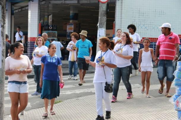 Equipes foram as ruas de Taboão da Serra em mais um mutirão de combate a Dengue (Foto: W.Raeder / PMTS)