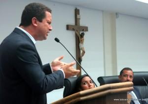 Eduardo Nóbrega chegou a ironizar o vereador de oposição Luiz Lune ao dizer que o Shopping havia protocolado o projeto na Cetesb, fato que segundo o Shopping ainda não aconteceu.