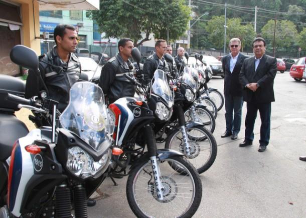 Frota da GCM de Taboão ganha mais sete motos. (Foto: W.Raeder / PMTS)