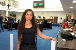 Aluna Rebeca Araújo durante visita a Câmara de Taboão da Serra.
