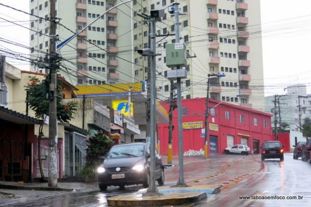 Prefeitura de Taboão da Serra instalou radares em diversas vias do município.
