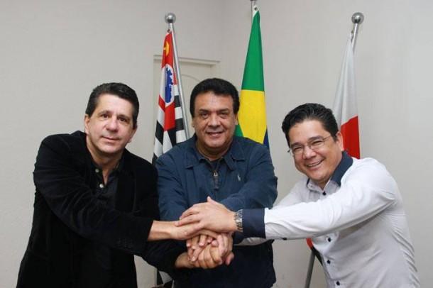 Solidariedade é um dos primeiros partidos a anunciar publicamente apoio a reeleição do prefeito Fernando Fernandes nas eleições de 2016.