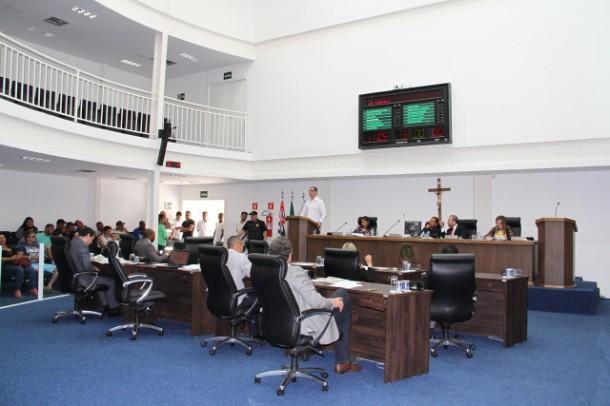 Câmara de Taboão tem mais uma sessão agitada. (Foto: Cynthia Gonçalves / CMTS)