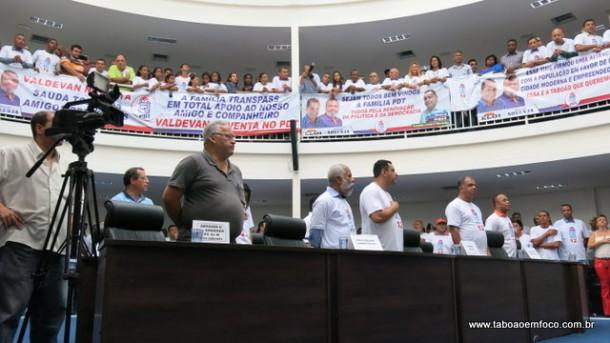 Evento do PDT na Câmara de Taboão da Serra reuniu opositores ao governo Fernando Fernandes.