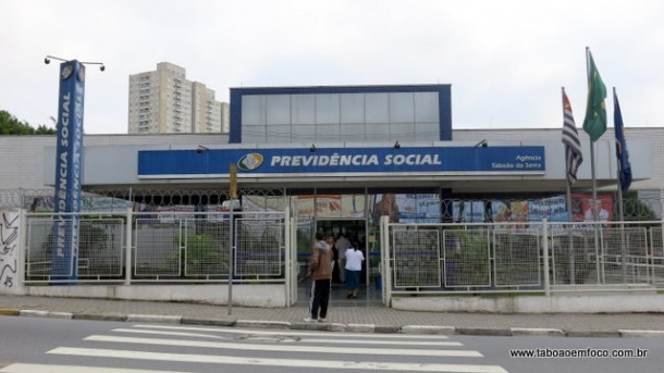 Apenas os médicos peritos continuam em greve na agência do INSS Taboão.