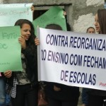 Cartazes contra reorganizacao escolar_01