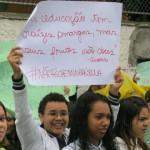 Cartazes contra reorganizacao escolar_02