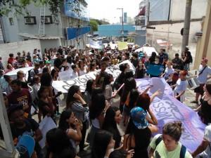 A intenção do protesto é pressionar o Governo Estadual (FOTO: Reprodução/Facebook)