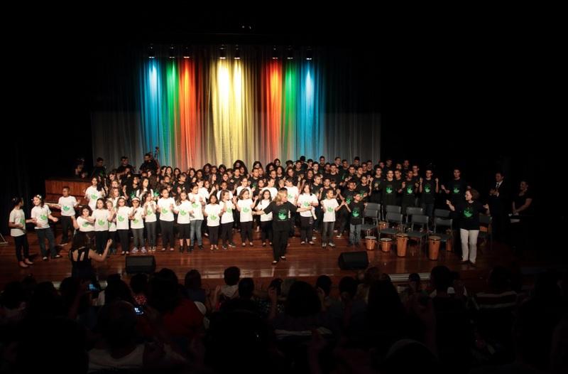 """Alunos da escola Músicos do Futuro apresentam """"Recital de Fim de ano"""" no dia 1º de dezembro"""