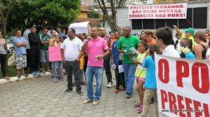 Professor Moreira promete nova manifestação na segunda em frente a Prefeitura.