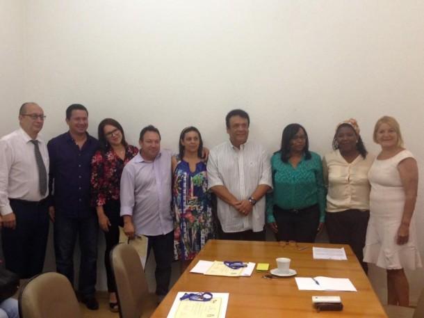 Conselheiros tomaram posse na última segunda-feira (5). (Foto: Facebook)