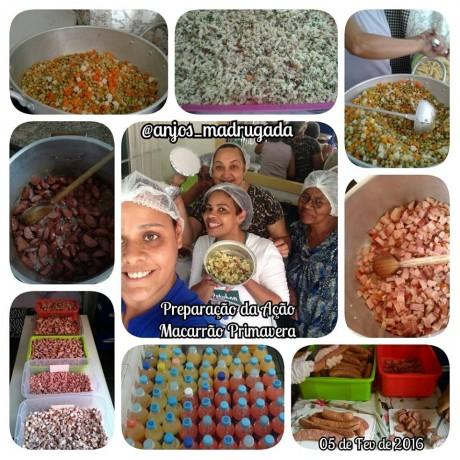 Anjos da Madrugada preparam alimentos_Facebook