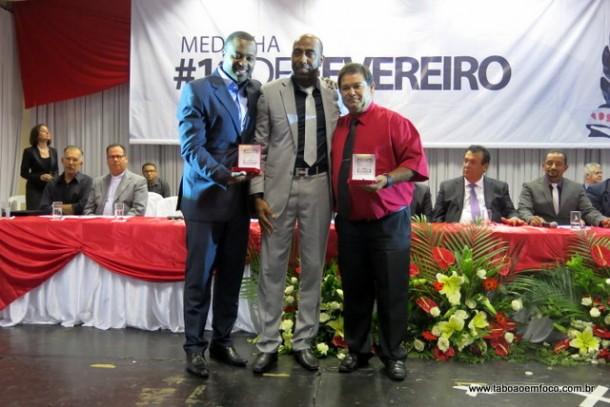 Entrega medalha 19 de fevereiro 2016_ Eduardo Lopes