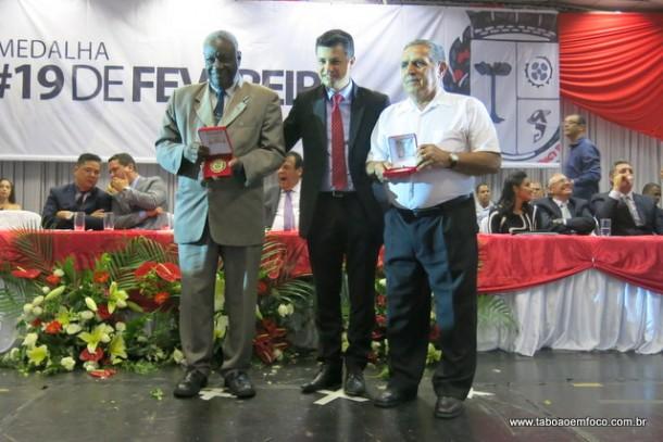 Entrega medalha 19 de fevereiro 2016_Marcos Paulo