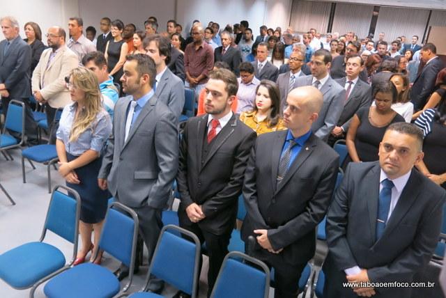 Mais 20 advogados em Taboão da Serra receberam a carteirinha da OAB e já podem advogar.