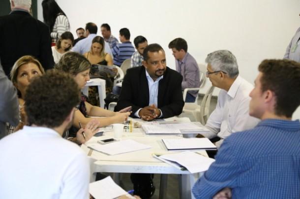 Cido participa dos grupos de trabalho que discute propostas para a mobilidade e saneamento. (Foto: Vagner Hernandez / Divulgação)