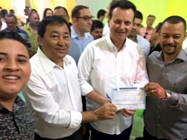 Aprígio e Kassab abonam a filiação do Professor Moreira no PSD. (Foto: Divulgação)