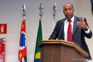 Presidente da CPI, Eduardo Lopes limita a participação do público dentro da Câmara.