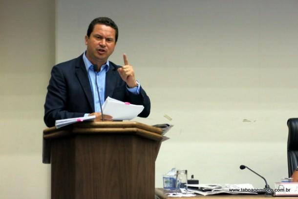 Recém-filiado ao PSDB, Eduardo Nóbrega acusa presidente do partido de traição.